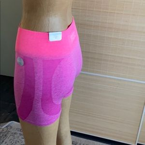 PINK Workout Shortie NWOT